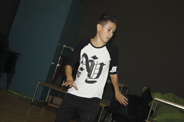 Year 8 Student Brings Dance to Primary Pupils